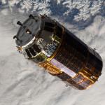 HTV-3 w pobliżu stacji ISS / Credits: NASA
