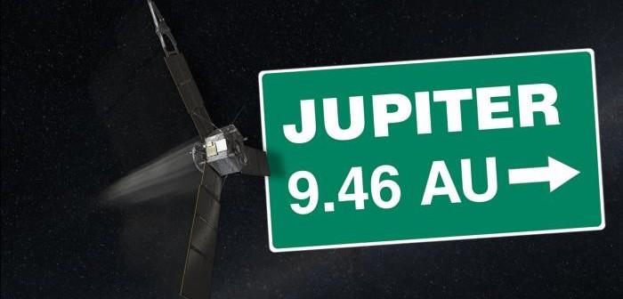 Sonda Juno w drodze do Jowisza / Credits: NASA/JPL-Caltech
