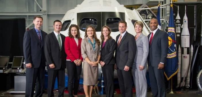 Nowa grupa kandydatów na astronautów NASA / Credits: NASA