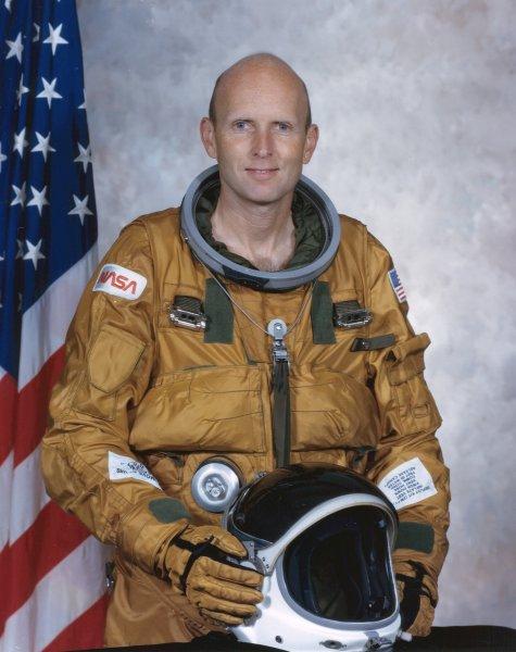 Gordon Fullerton, zdjęcie oficjalne / Credits: NASA
