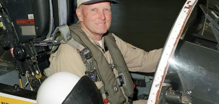 Gordon Fullerton do 2007 latał w centrum NASA w Dryden / Credits: NASA