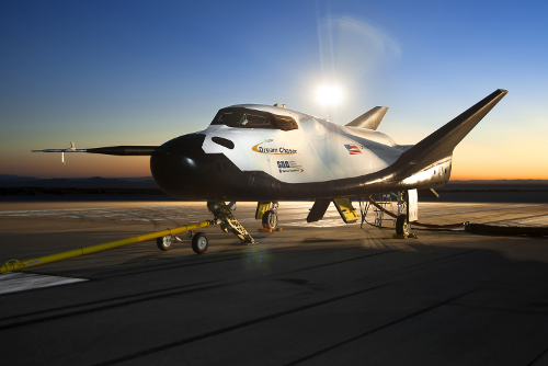 Dream Chaser w bazie Edwards Air Force Base w Kaliforni. Credits: NASA