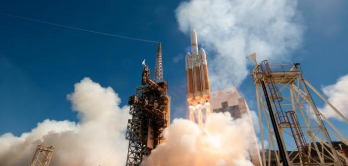 Start rakiety Delta IV Heavy z satelitą NROL-65 / Credits: ULA