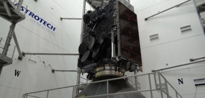 WGS-6 na rakiecie nośnej / Credits: ULA
