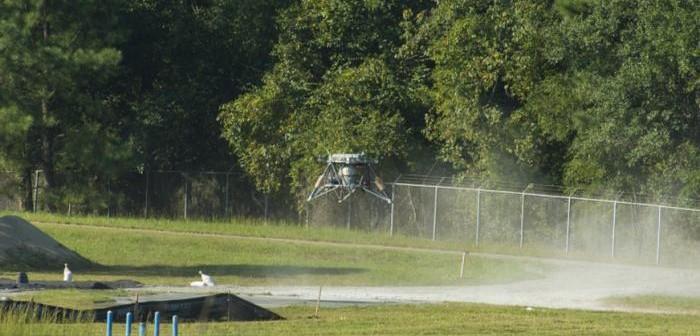 Lądujący Mighty Eagle, 20 września 2013 / Credits: NASA-MSFC
