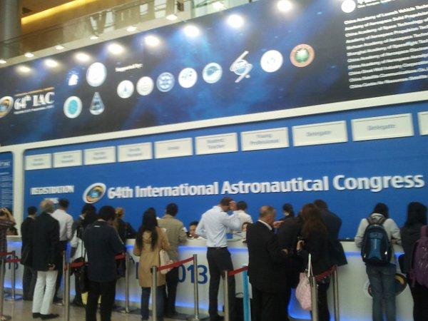 Rejestracja na IAC 2013 / Credits - Michał Moroz, Kosmonauta.net