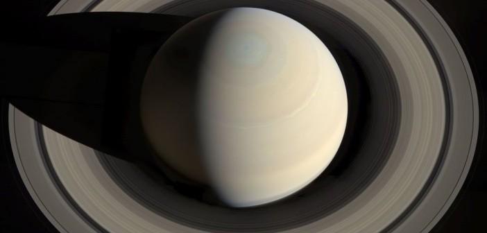 Mozaika ponad północnym biegunem Saturna / Credits - NASA, ESA, JPL-Caltech