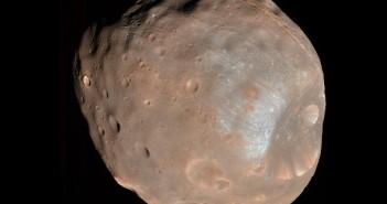 Fobos okiem sondy MRO / Credits - NASA, JPL, University of Arizona