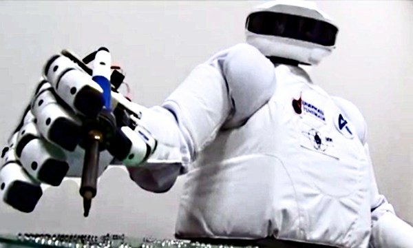 SAR-400 podczas testów / Credits - Roskosmos, NPO AT