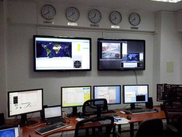 BRITE-PL control room / Credits - PZ