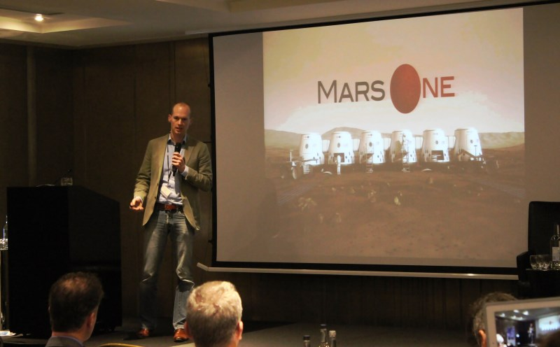 Presentation by Bas Lansdrop, founder of Mars One / Credits: Kosmonauta.net