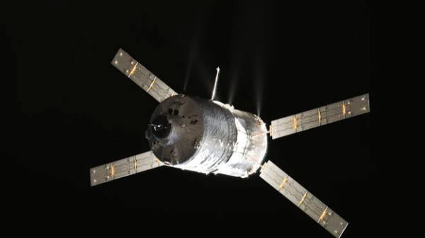 Statek ATV-4 / Credits: ESA