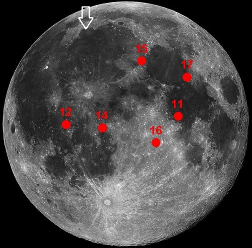 Miejsce lądowania (czerwone kropki) misji Apollo oraz (strzałka) Chang'e 3 / Credits - domena publiczna