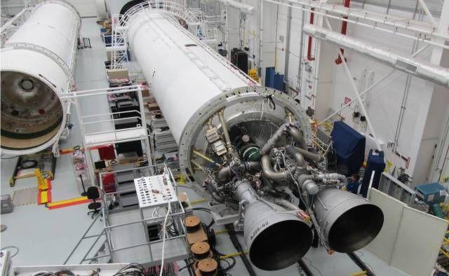 Pierwszy stopień pierwszego egzemplarza rakiety Antares / Credits: Orbital Sciences Corporation