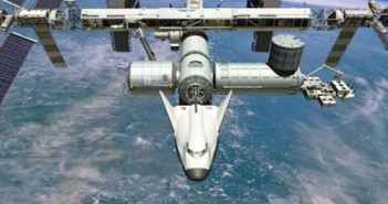 Statek Dream Chaser w czasie cumowania do portu PMA-2. Przypominamy, że obecnie statki tej firmy nie będą realizowały lotów do ISS / Credits: Sierra Nevada Corp.