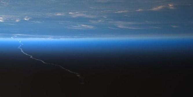 Start Ariane 5 z pokładu ISS / Credits - NASA