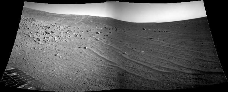 Obraz z NAVCAM łazika Opportunity, sol 3612 / Credits - NASA/JPL