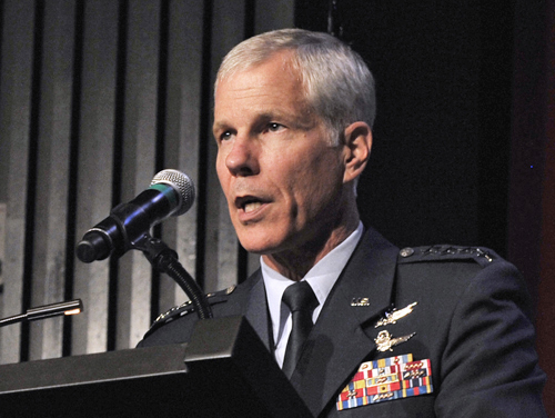 generał William Shelton / Credits: USAF