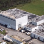 Uszkodzone budynki Stennis Space Center NASA po przejściu huraganu Katrina / Credits: NASA