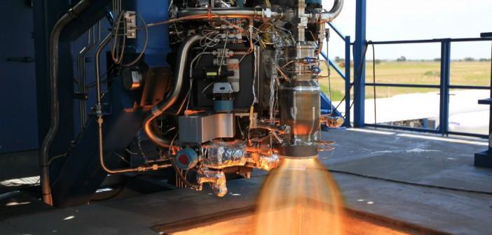 Test silnika SuperDraco w 2012 roku / Credits: SpaceX