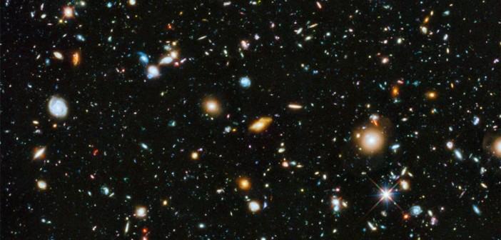 Kompozytowy obraz HUDF / Credits - NASA i ESA