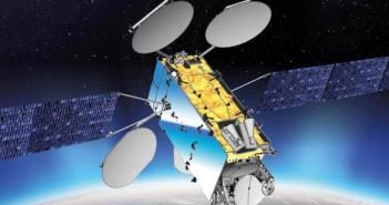 EuropaSat/HellasSat-3 - wspólny satelita operatorów Inmarsat i Arabsat, zbudowany przez Thales Alenia Space / Credits: Thales Alenia Space