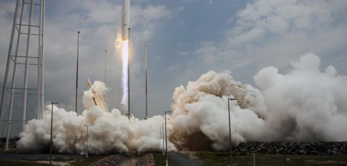 Start Antaresa-120 ze statkiem Cygnus Orb-2, 13 lipca 2014 / Credit: Orbital Science Corp.