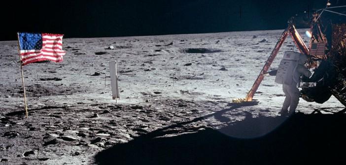 Neil Armstrong na Księżycu / Credits - NASA