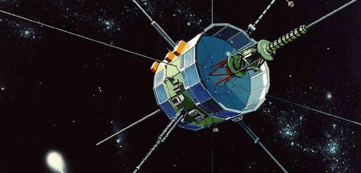 ISEE-3/ICE w sąsiedztwie komety 21P/Giacobini-Zinner - wizja artystyczna / Credits: NASA