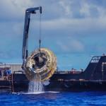 LDSL w trakcie podejmowania z wody / Credits: NASA
