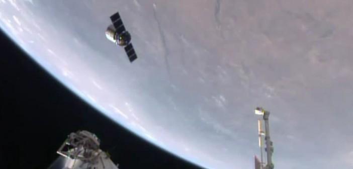 Cygnus Orb-2 opuszcza ISS / Credits - NASA TV