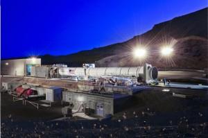 Rakieta dodatkowa na paliwo stałe dla rakiety SLS / Credit: PRNewsFoto/ATK.