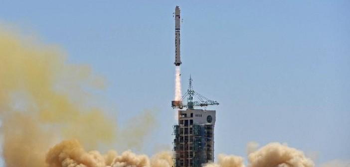 Start rakiety CZ-2D z satelitą Gaofen-1 / Credit: Xinhua