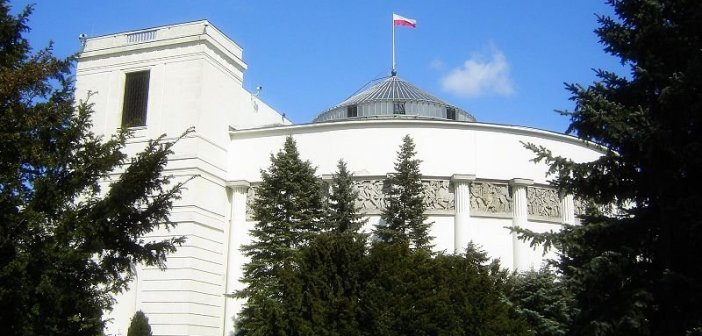 Sejm RP / Credtis - Wikipedia Commons