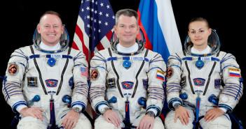 Załoganci Ekspedycji 42. do ISS. Od lewej: Wilmore, Samokutiajew, Sierowa