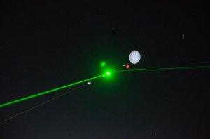 "Nocny start i próba ""ustrzelenia"" laserem gondoli / Credits - Daniel Kaczmara"