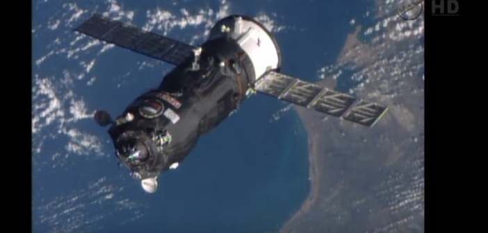 Progress M-25M cumuje do ISS / Credits: NASA-TV