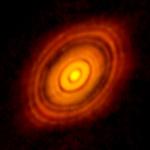 Dysk wokół HL Tau / Credits - ALMA (NRAO/ESO/NAOJ); C. Brogan, B. Saxton (NRAO/AUI/NSF)