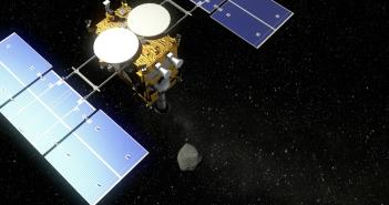 Hayabusa 2 przy asteroidzie - wizualizacja