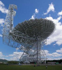 Radioteleskop Green Bank / Credits - Wikipedia