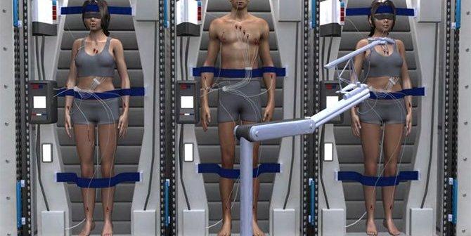 kluczowe grupy mięśni astronautów w trakcie hibernacji będą otrzymywać niskopoziomowe impulsy elektryczne. Ich działanie spowolni zanik mięśni do akceptowalnego poziomu. (Credits: SPACEWORKS)