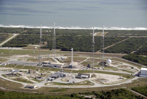 widok na funkcjonującą wyrzutnię LC-40 / Credits - NASA