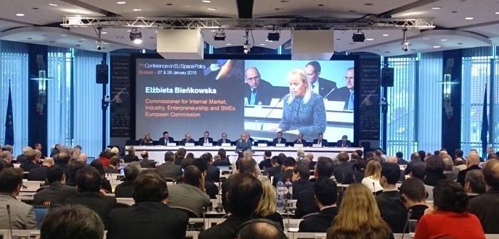 Przemowa zamykająca konferencję EU Space Policy 2015 w wykonaniu Elżbiety Bieńkowskiej