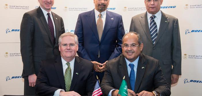 Popisanie umowy o współpracy między Boeingiem a Saudi Arabian Airlines Holding Co.
