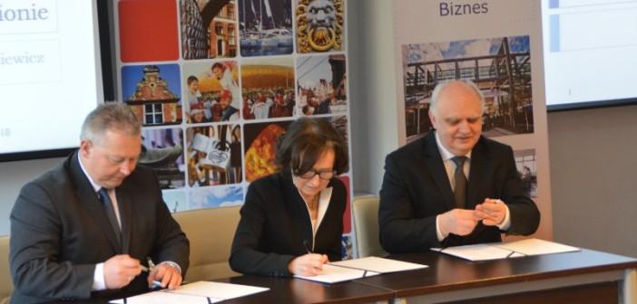Letter of intent signed between POLSA, GPNT and Pomeranian Special Economic Zone / Credits - K. Kanawka, kosmonauta.net