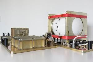 Instrument BUC oraz moduł łączności satelitarnej / Credits - ESA
