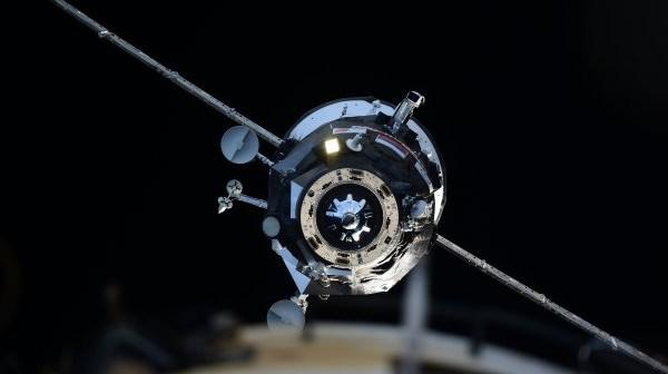 Statek Progress 58P podchodzący do stacji ISS / Credits: NASA