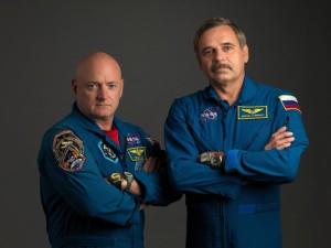 Kelly i Kornijenko / Credits - NASA