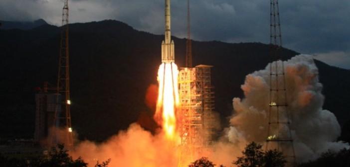 Start rakiety CZ-3C - zdjęcie z 2010 roku / Credits - ChinaFotoPress