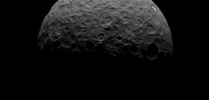 Obserwacje Ceres - 15 kwietnia z odległości 22 tysięcy km / Credits - NASA/JPL-Caltech/UCLA/MPS/DLR/IDA